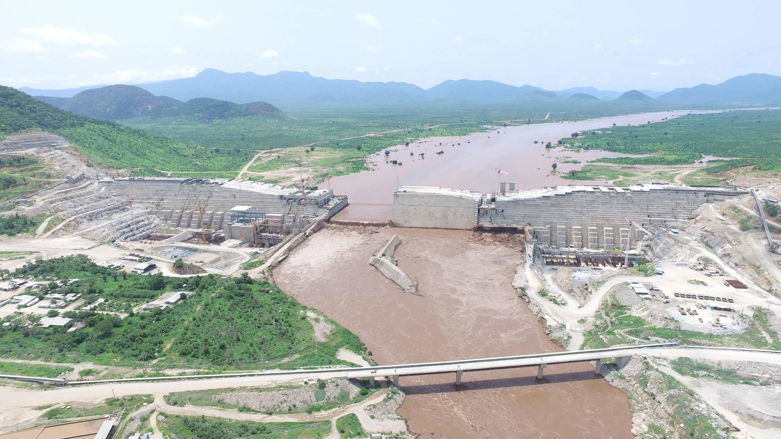 Grand Ethiopian Renaissance Dam ( Ethiopia )   Studio