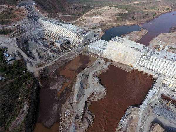 Grand Eth Renaiss Construction of the dam TopView Ethiopia
